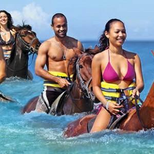horse-back-ride-n-swim-jamaica