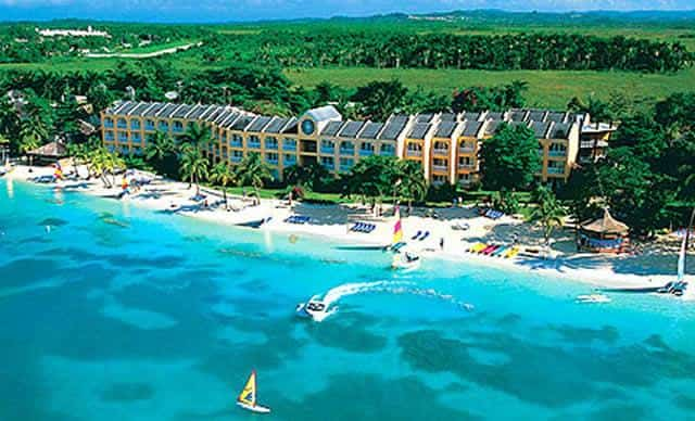 Fun Holiday Beach Resort Montego Bay Jamaica