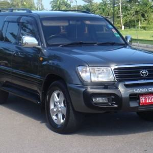 Our Toyota Land Cruisers offers the best ways to travel in complete style and privacy to your hotel/villa from Montego Bay International Airport (MBJ).