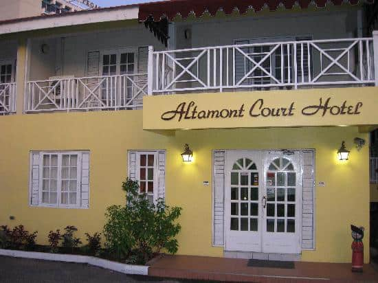 Rooms: Kingston Airport Transfers To Altamont Court Hotel